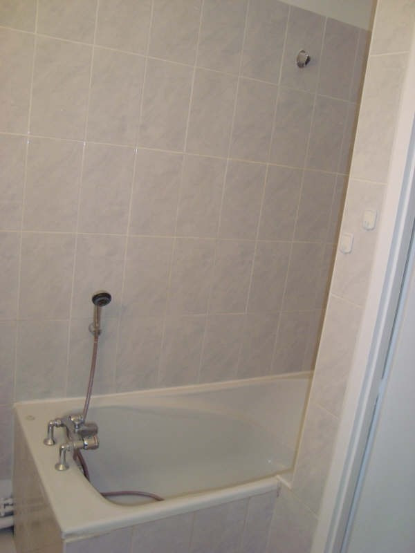 Rental apartment Marly le roi 908€ CC - Picture 6