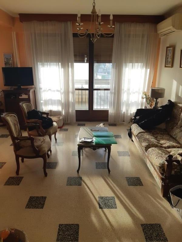 Sale apartment Toulon 119000€ - Picture 2