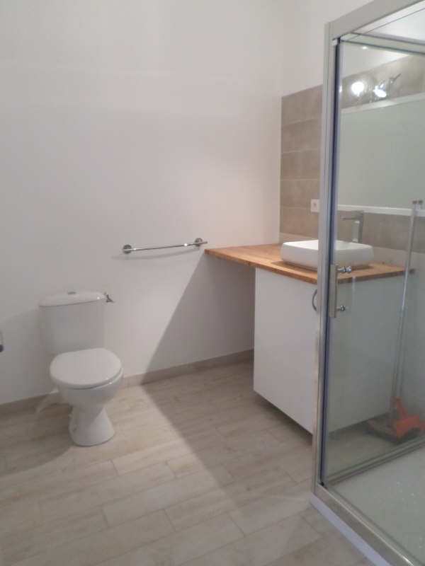Location appartement Salon de provence 472€ CC - Photo 5