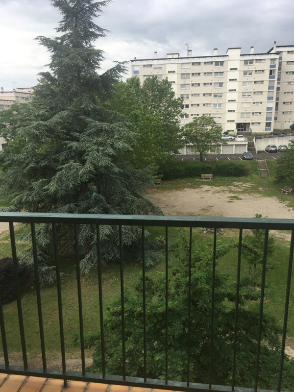 Sale apartment Pierre benite 140 000€ - Picture 4