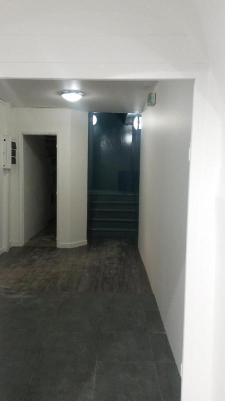 Rental empty room/storage Paris 1er 2623,75€ HC - Picture 4