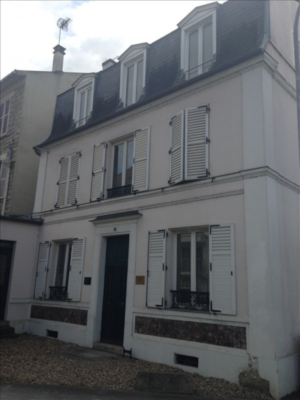Location appartement Poissy 506€ CC - Photo 1