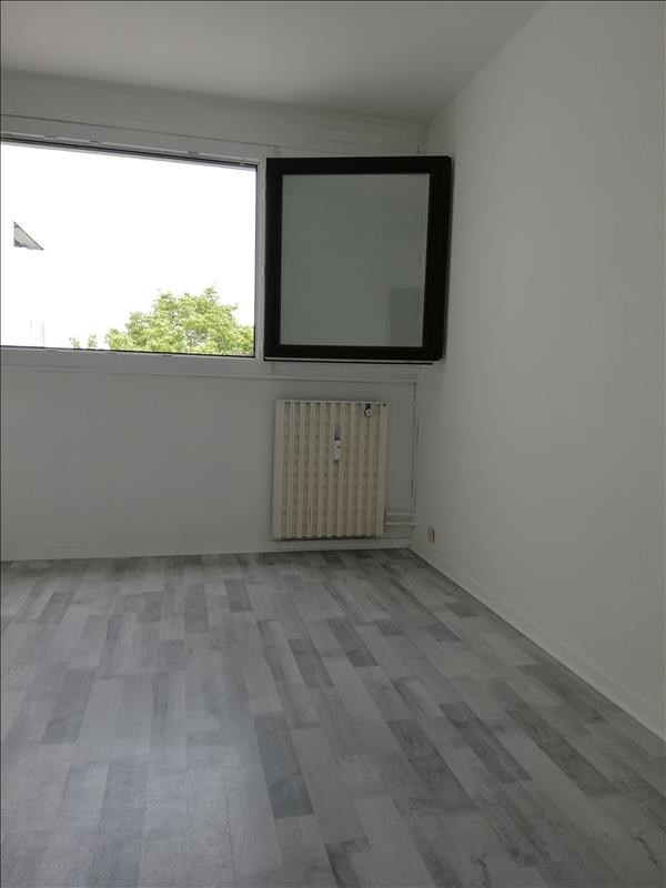Location appartement Evry 846€ CC - Photo 8