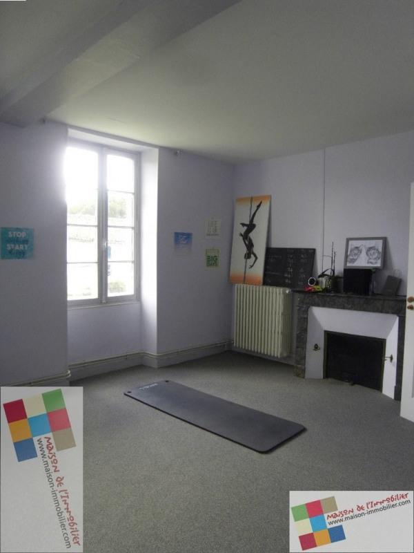 Location maison / villa Cherves richemont 1036€ CC - Photo 9