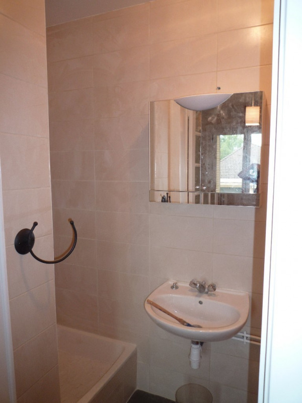 Location appartement Annecy 578€ CC - Photo 5