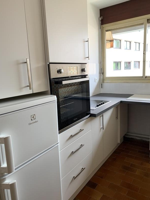 Rental apartment Pau 533€ CC - Picture 2