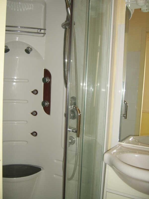 Alquiler  apartamento Nimes 300€ CC - Fotografía 7