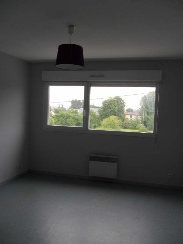 Location appartement Poitiers 333€ CC - Photo 2