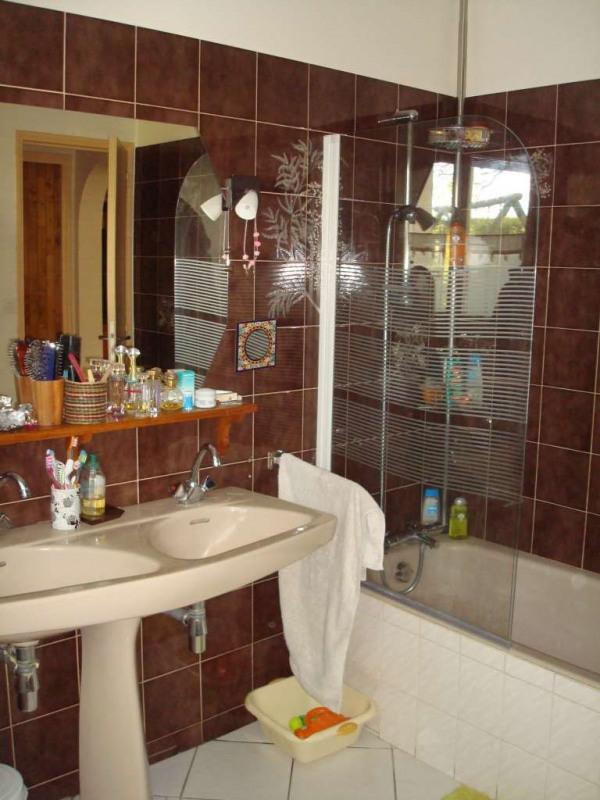 Sale house / villa Bouguenais 374400€ - Picture 16