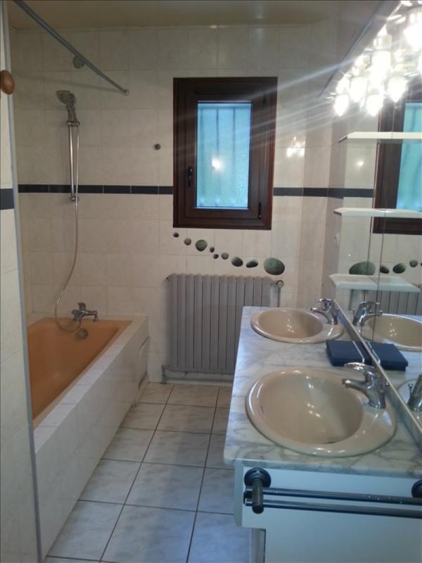 Location maison / villa St firmin des pres 715€ CC - Photo 6