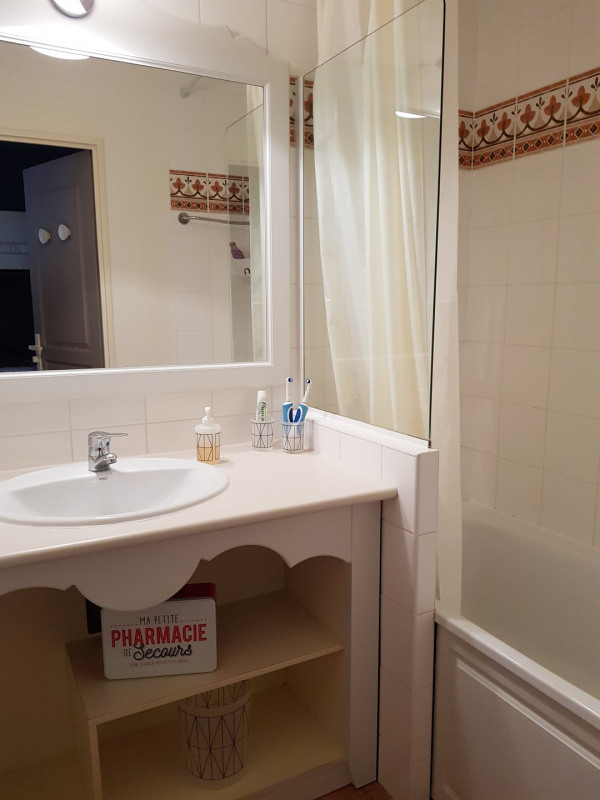 Vacation rental apartment Les issambres 525€ - Picture 7