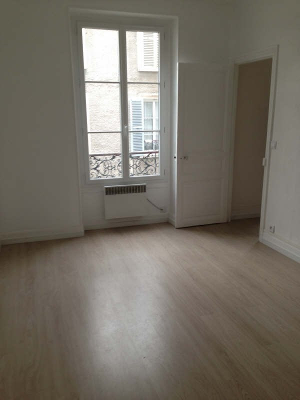 Location appartement Le raincy 725€ CC - Photo 3