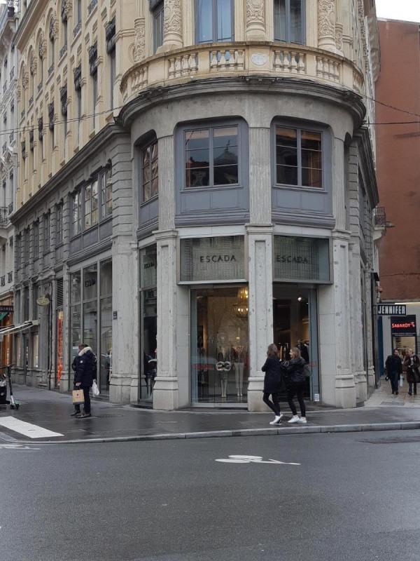 Location boutique Lyon 2ème 3903€ CC - Photo 1