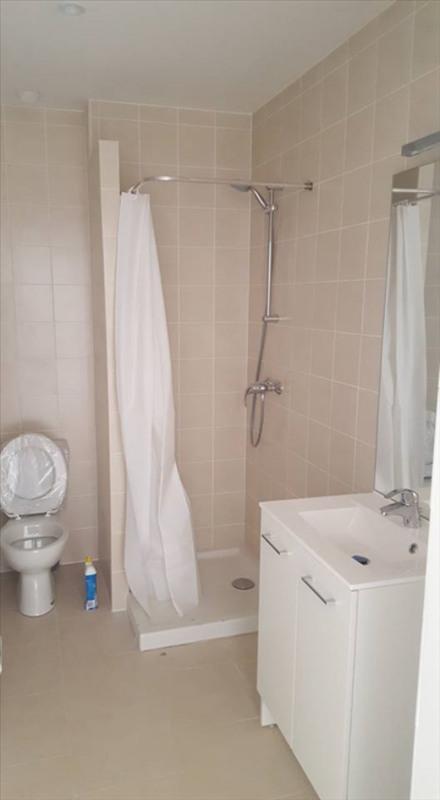 Rental apartment Peyrolles en provence 600€ CC - Picture 3