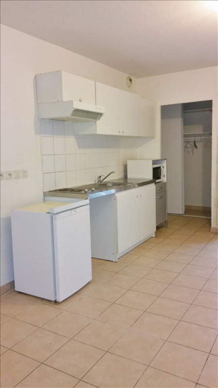 Location appartement Salon de provence 493€ CC - Photo 2