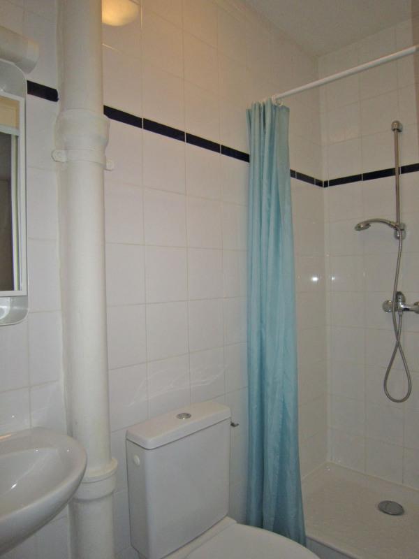 Rental apartment Paris 16ème 564€ CC - Picture 7