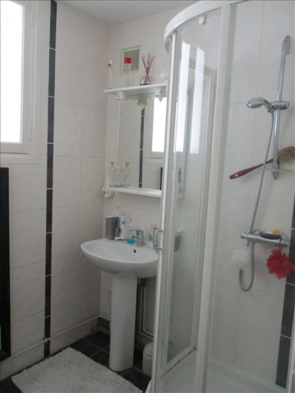 Sale apartment Roanne 91000€ - Picture 8