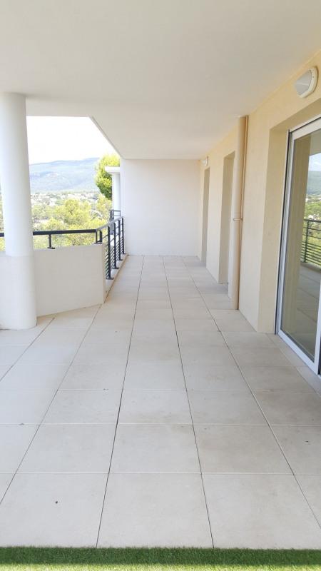 Location appartement Roquebrune-sur-argens 1075€ CC - Photo 5
