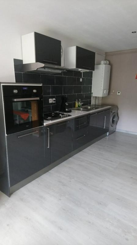 Rental apartment Roche-la-moliere 480€ CC - Picture 2