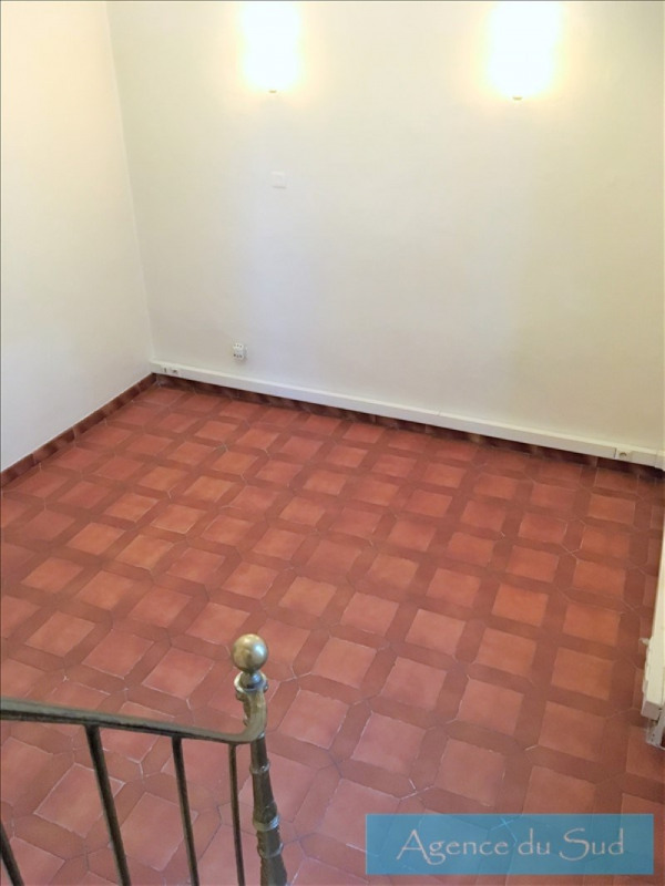Location appartement Greasque 700€ CC - Photo 3