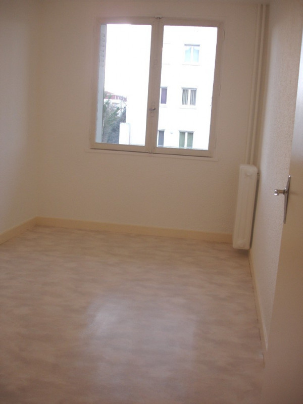 Location appartement Valence 611€ CC - Photo 7