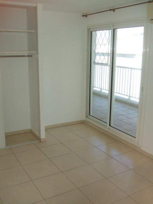 Verkoop  appartement Ste clotilde 220500€ - Foto 8