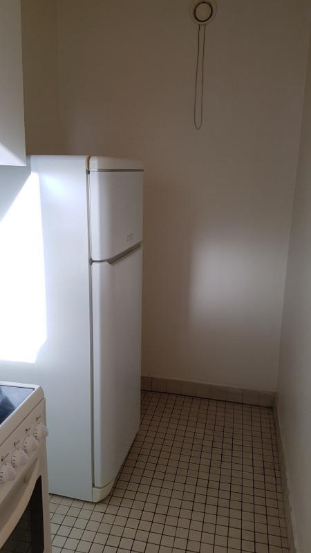 Location appartement Paris 19ème 784€ CC - Photo 8