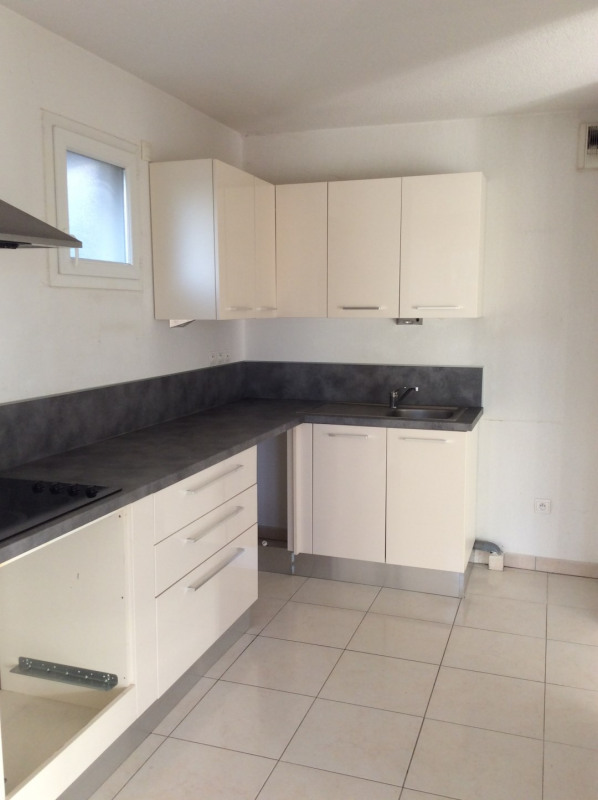 Rental apartment Fréjus 1185€ CC - Picture 3