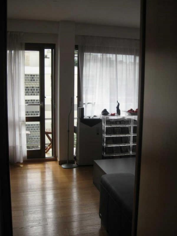 Location appartement Paris 15ème 2031€ CC - Photo 5