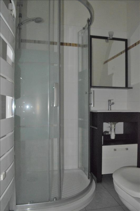Location appartement Rueil malmaison 890€ CC - Photo 3