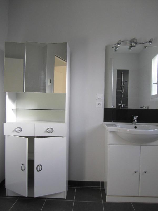 Rental house / villa Barret 640€ CC - Picture 7