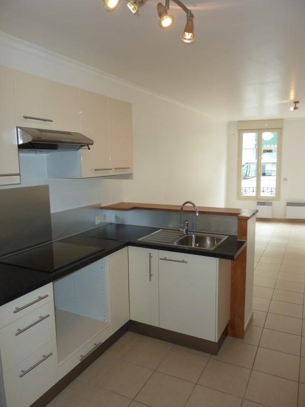 Rental apartment Arpajon 660€ CC - Picture 3