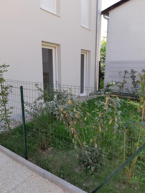 T3 neuf rez-de-jardin