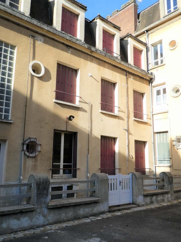 Investment property building St florentin 95000€ - Picture 2