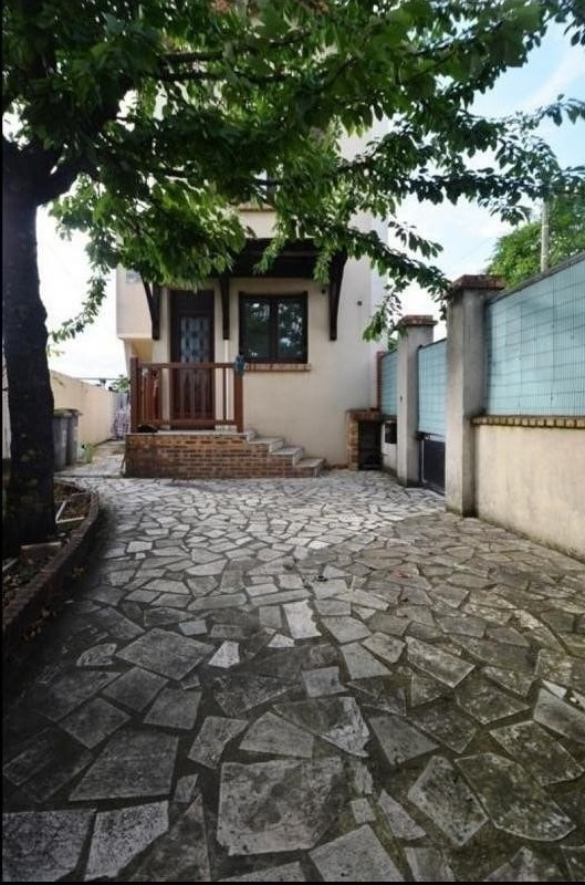 Sale house / villa Houilles 286 000€ - Picture 1
