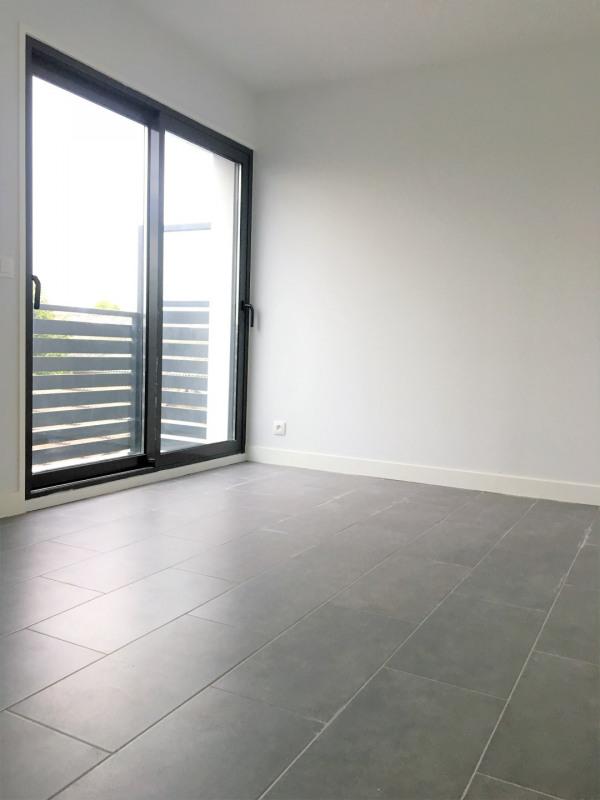 Rental apartment Pierrelaye 1000€ CC - Picture 7