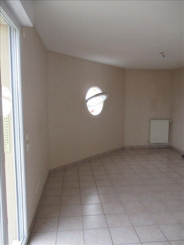 Sale apartment Riorges 117 700€ - Picture 8