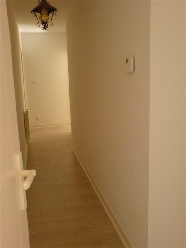 Location appartement La rochelle 857€ CC - Photo 4