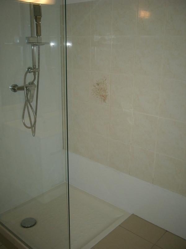 Rental apartment St denis 605€ CC - Picture 6