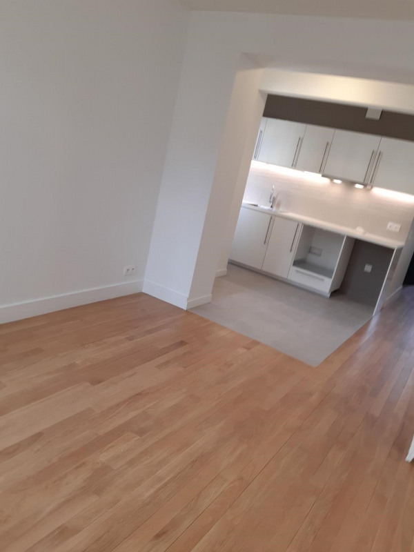 Location appartement Bois colombes 1 075€ CC - Photo 4
