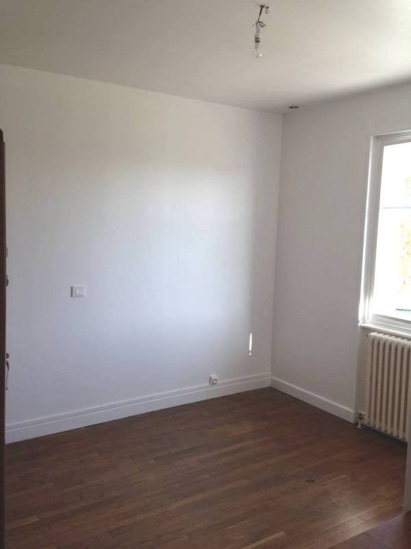 Location appartement Attignat 600€ CC - Photo 4