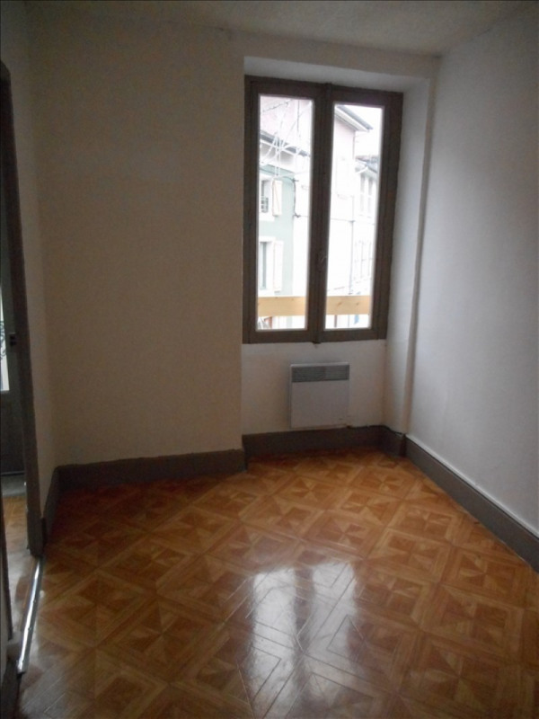 Verhuren  appartement Moirans 369€ CC - Foto 2
