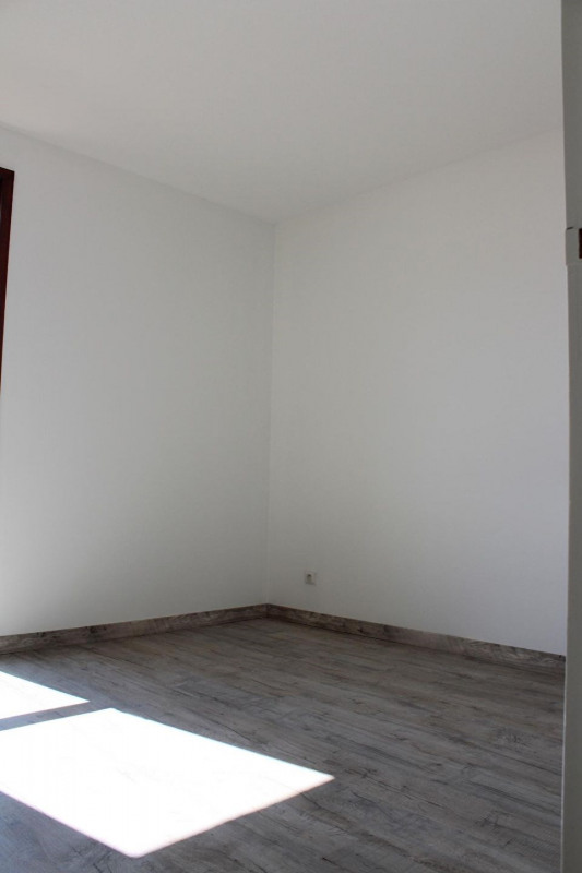 Location appartement Bourgoin jallieu 649€ CC - Photo 12