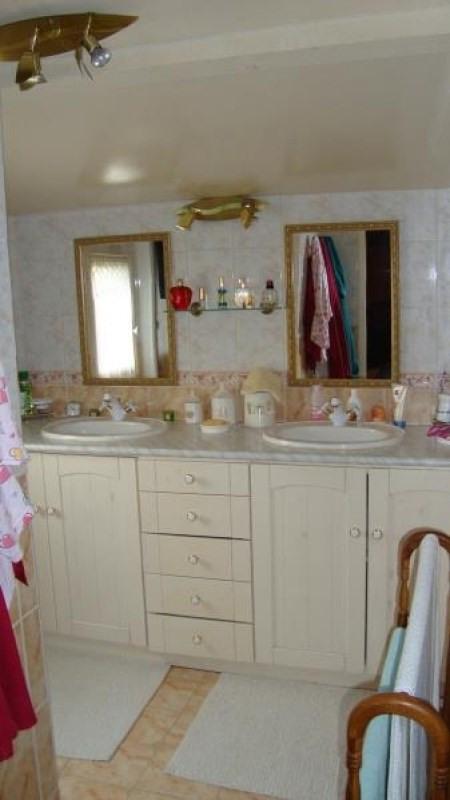 Sale house / villa Druyes les belles fontaine 117500€ - Picture 8