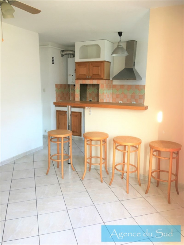 Location appartement Aubagne 700€ CC - Photo 2
