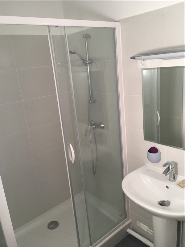 Sale apartment Suresnes 220000€ - Picture 7