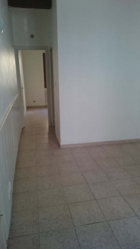 Location appartement Nimes 385€ CC - Photo 9