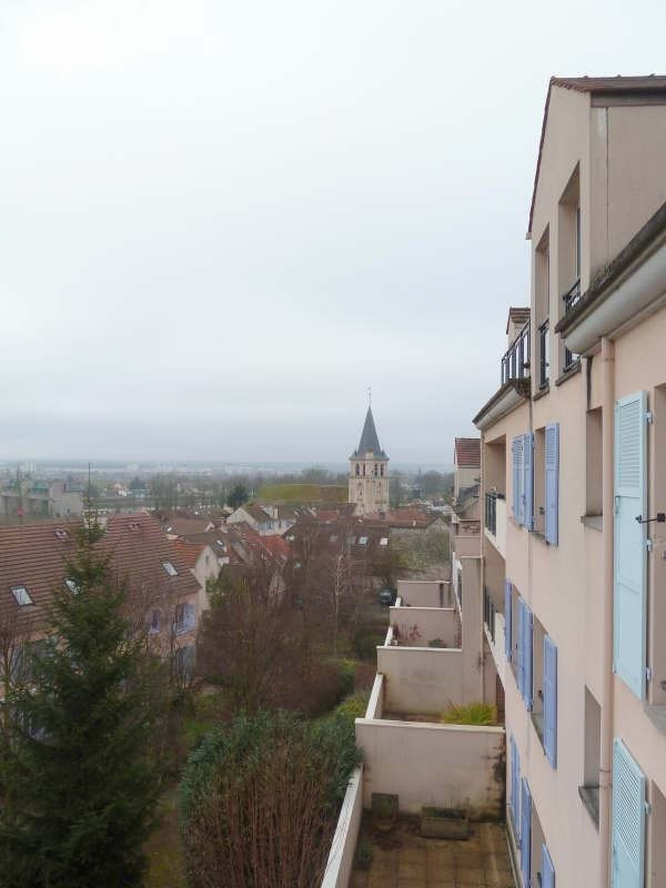 Rental apartment Andresy 993€ CC - Picture 1