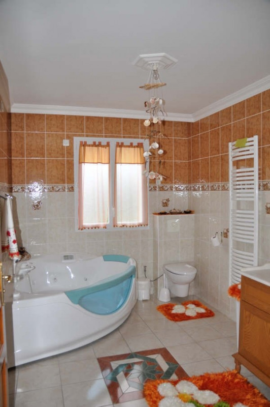 Vente maison / villa Vendome 363 650€ - Photo 6