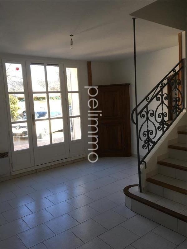 Location maison / villa Pelissanne 820€ CC - Photo 3